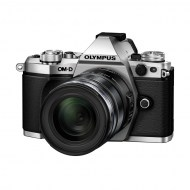 OM-D_E-M5_Mark_II_EZ-M1250_silver_black__Product_010